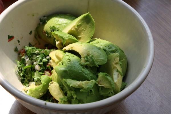 Chipotle Guacamole Better-than-chipotle guacamole