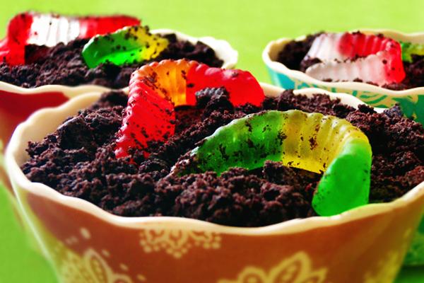 Gummi Worm Dirt Cups